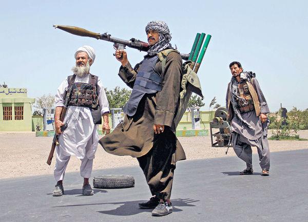 阿富汗塔利班射火箭炮 襲坎大哈機場