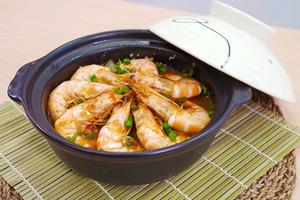 【粉絲煲食譜】一鍋到底!4步超簡易懶人晚餐食譜  花雕鮮蝦粉絲煲