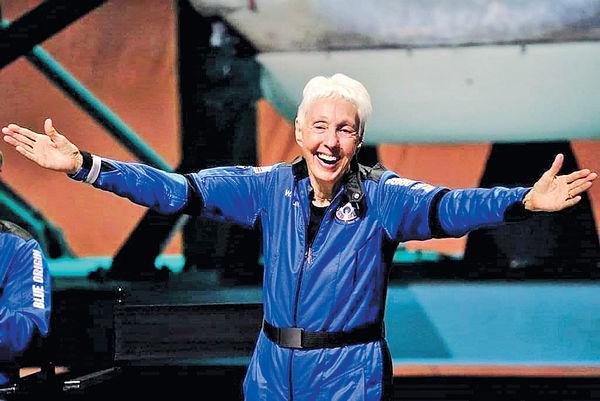 為何82歲可上太空?
