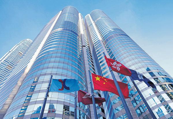 許正宇:港金融業可多處發圍 成聚財中心 陳茂波料債券南向通激活債市