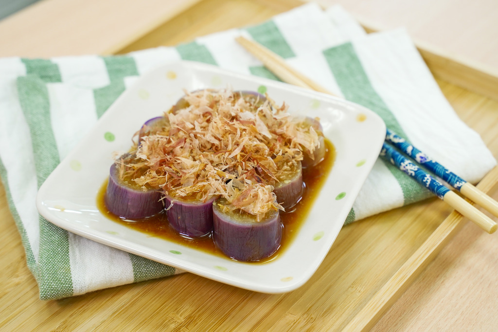 【茄子食譜】簡單日式涼拌茄子食譜 內有拌茄子不變色秘訣 清新低卡頭盤前菜