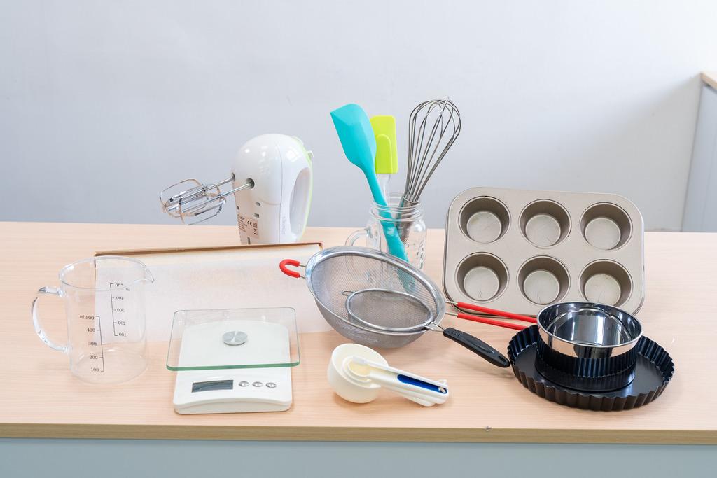 【烘焙用品】整蛋糕曲奇甜品食譜必備!8款新手入門烘焙用品推薦 模具/電子磅/打蛋器/矽膠刮刀/焗爐烘焙紙